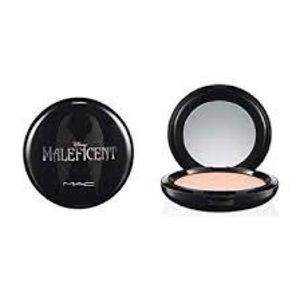 Other - MAC LIMITED EDITION Powder in  Natural